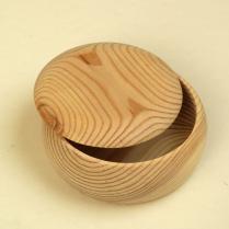 Boîte en pin